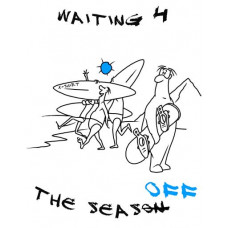 Сноубордист на пляже в ожидании сезона